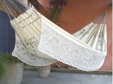 Hamac ivoire brodé