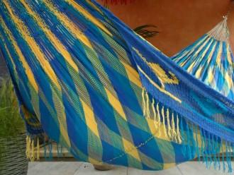 WAYUU Turquoise, bleu roi, jaune.